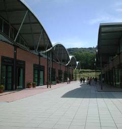 The Mall Outlet Firenze – Onde está Andrea?